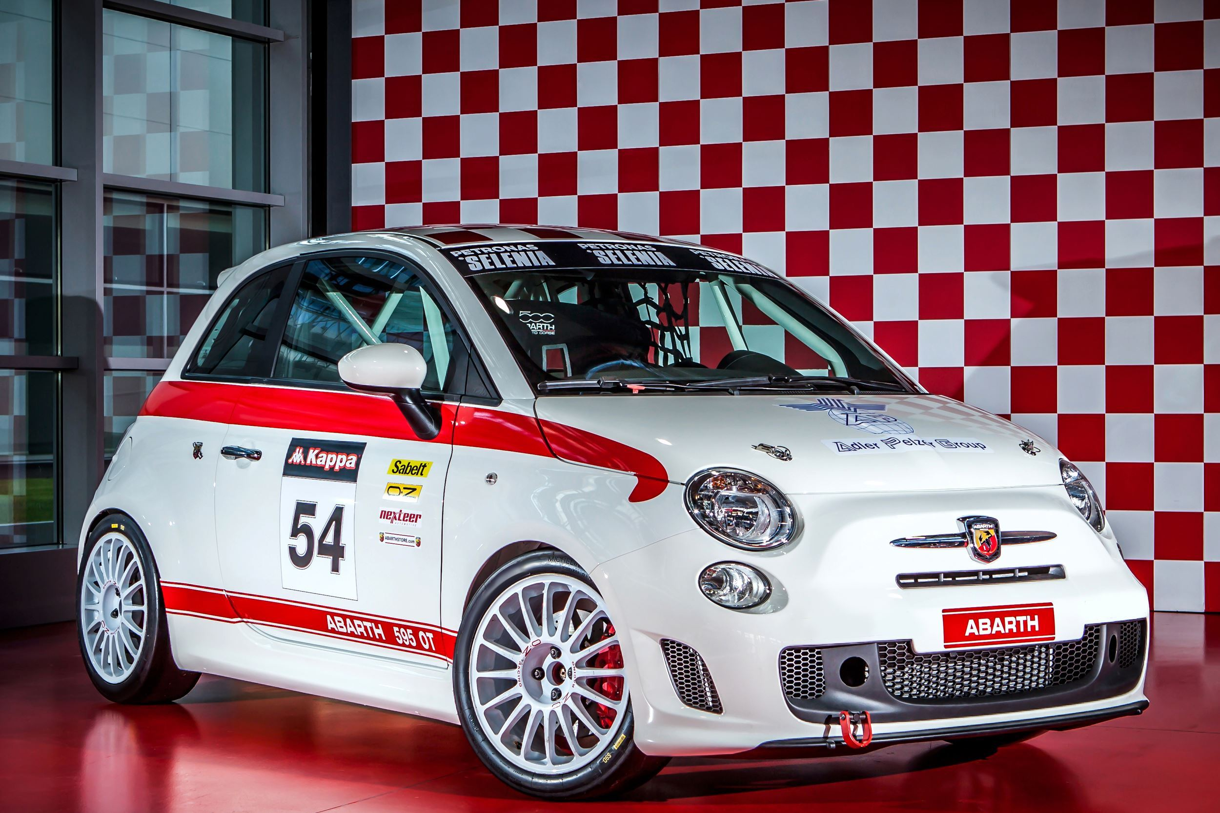 160310_abarth_595-ot_01_copia2.jpg